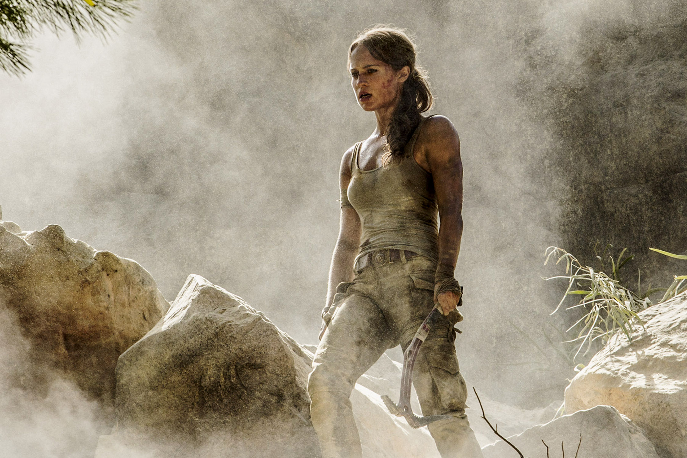 Alicia Vikander sul set di Tomb Raider