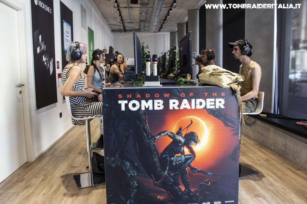 Shadow of the Tomb Raider - Presentazione a Milano - Alcuni cosplayer del gruppo di Tomb Raider Italia provano il gioco